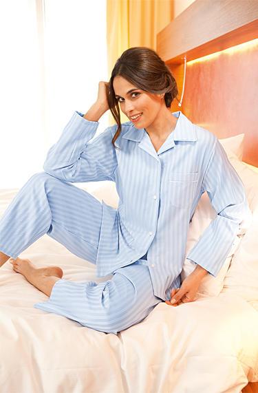 low priced 32931 4f8e1 Novila Damen Pyjama Helena Baumwolle, hellblau gestreift ...
