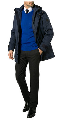 Markantes Blau<br>Komplett-Outfit