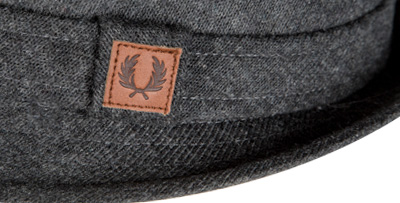 Fred Perry Hut charcoal HW5622/107 (Dia 2/2)